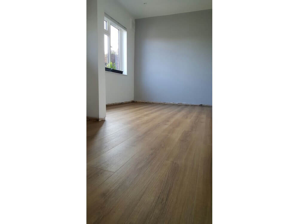 Elements Woodplank vinyl installed - Kent 2