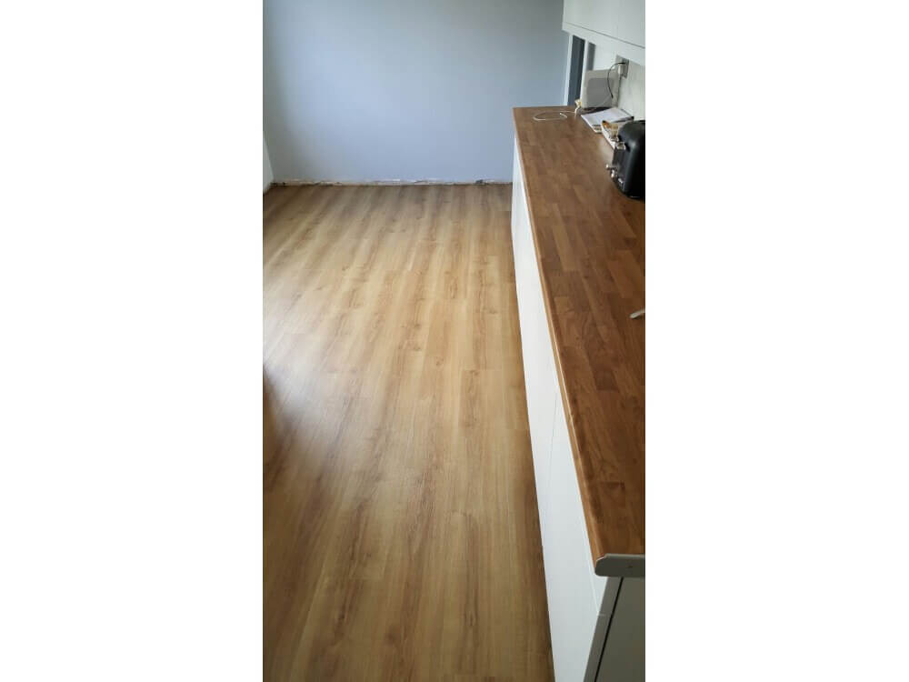 Elements Woodplank vinyl installed - Kent
