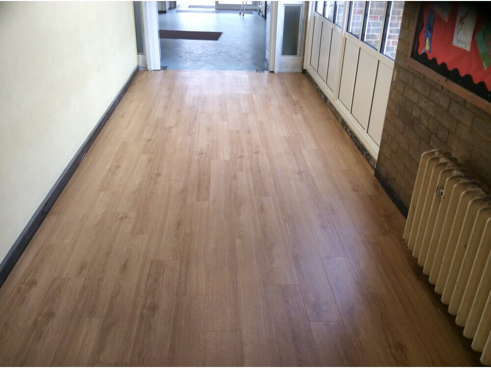 Wood effect vinyl plank - Installation completed