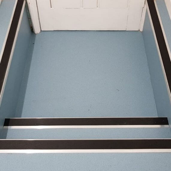 safety-flooring-with-aluminium-stair-nosings (1)